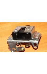 Механизм замка передней левой двери Opel Kadett E
